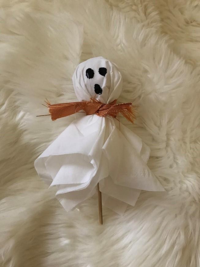 Easy D.I.Y. Halloween Crafts