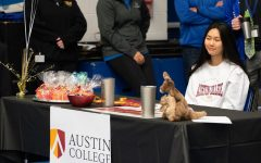 Navigation to Story: Brianne Tseng, Volleyball, Austin College
